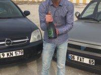 Beş Bin Liralık Şampanya ile Tofaş Yıkamak
