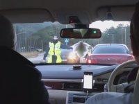 Alkol Kontrolü Yapan Polis