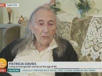 90 Yaşında Kadın Olmak - İngiltere