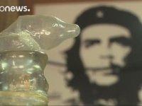Küba'da Prezervatif Kullanılarak Üretilen Şarap