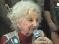 Arjantinli Perşembe Annelerinin Lideri Kayıp Torununa Kavuştu