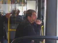 Halk Otobüsüne Hallenen Adam