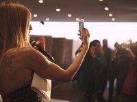 Çağla Şikel'in, Youtube Kanalının Açılışı için Parti Düzenlemesi