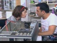 Bir Kadın Bir Erkek - Bilgisayar Tamircisi