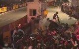 Zincirleme Bisiklet Kazası