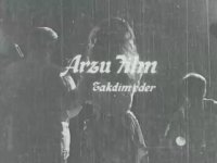 Sürtük - Türkan Şoray & Ekrem Bora & Cünayt Arkın - Siyah Beyaz Filmler
