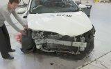 98 Toyota ile 2015 Toyota Çarpışma Testi