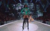 The Weeknd  Victoria's Secret Performansı