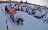 Gaz Kaçağını Çakmakla Kontrol Etmek  Sibirya