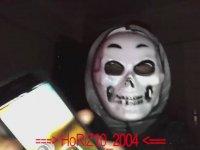 HoRİZ10_2004'ün Annesi Tarafından Basılması
