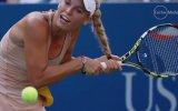 Caroline Wozniacki'nin Saçlarının Raketine Dolanması
