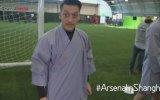 Mesut Özil Kung Fu Dersinde