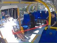 Pendik'te Mini Etekli Kadına Saldıran Kişi