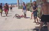 Alman Turistlerin Güpür Güpür Birbirine Girmesi