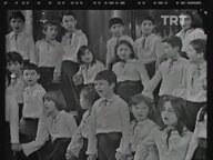 Ankara Televizyonu Çocuk Korosu Bir Dünya Bırakın (1980)