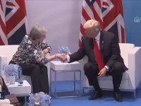 Trump'ın İngiliz Başbakanının Elini Koparırcasına Sıkması