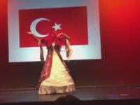 Dünya Travesti Güzellik Yarışması - Rosalinda Peres ( Türkiye Adayı )