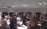 Östersunds Futbolcularının Soyunma Odasında Coşması
