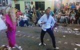 Roman Gençlerin Çiftleşme Dansı Ağır Roman İçerir