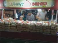 Sokak Lezzetleri Serisi - Pakistan - Angry Burger