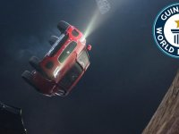 Jaguar E-Pace'in Havada Takla Atması