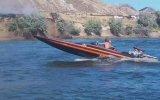 Yangını Sürat Teknesiyle Söndürmek