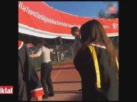 ODTÜ'de Güvenlik Görevlisinin Öğrenci Yakınına Kafa Atması