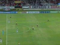 Gol Sevinci Yaşarken Sakatlanan Futbolcu