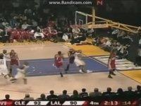 Kobe Bryant vs LeBron James (2004-2016)