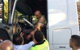 Trafik Polisinin Alkollü TIR Sürücüsü ile İmtihanı