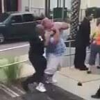 Polisin Elindeki Tüm Alet Edevata Direnen Hacıyatmaz