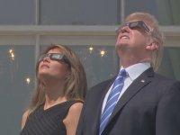 Trump'ın Güneş Tutulmasını İzlemesi