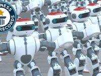 1069 Robotun Dans Ederek Dünya Rekoru Kırması
