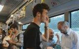 Metrobüste Son Ses Aleyna Tilki Dinlemek Sosyal Deney