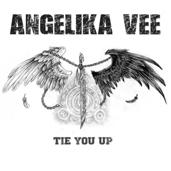 Angelika Vee