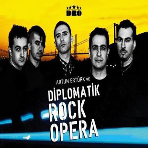 Artun Ertürk Ve Diplomatik Rock Opera