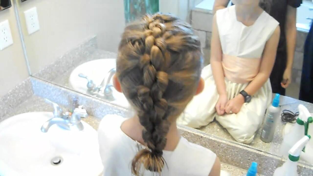 Düğümlü Saç Örgüsü Nasıl Yapılır
