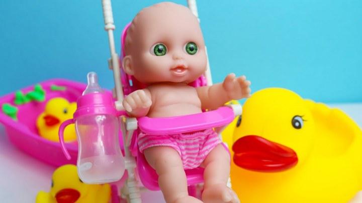 Oyuncak Bebek