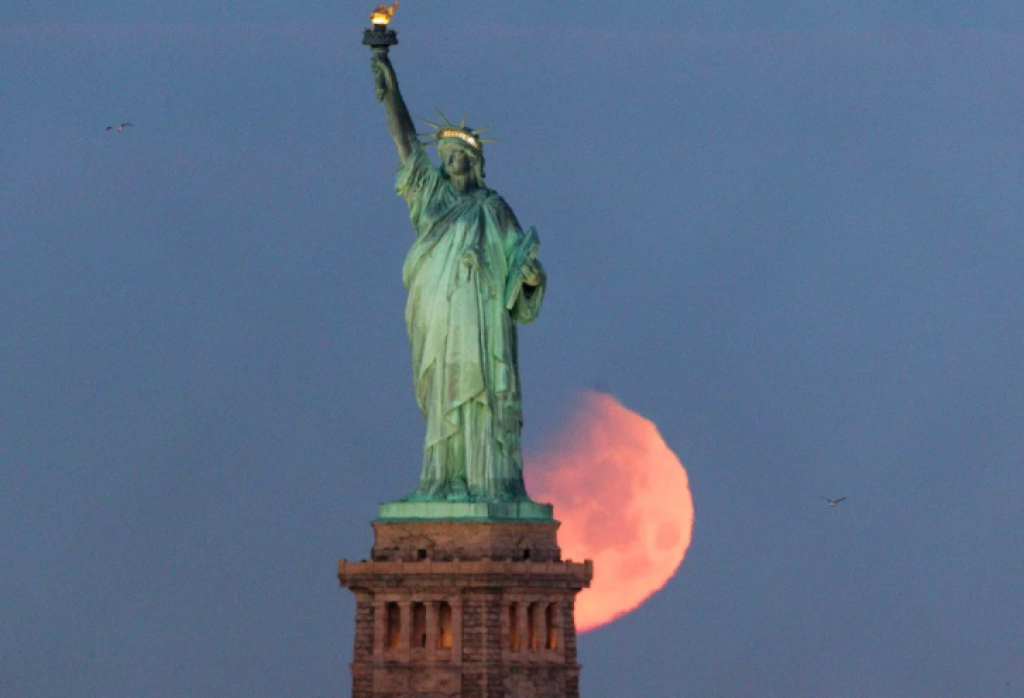 abd, amerika, özgürlük heykeli, new york, Süper Kanlı Mavi Ay Tutulması