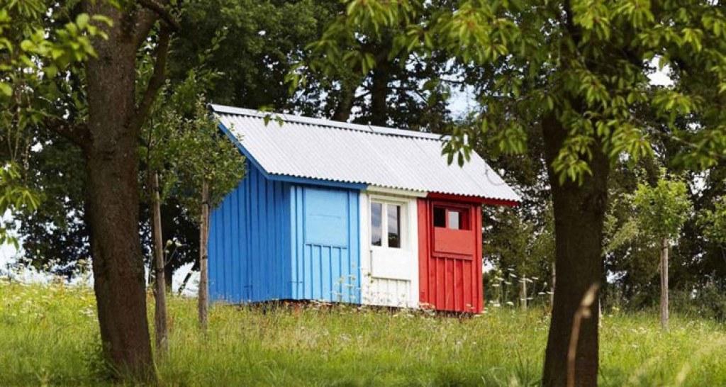 """Üç Saatte Kurulabilen """"Fransa"""" Evinin Bir De İçini Görelim"""