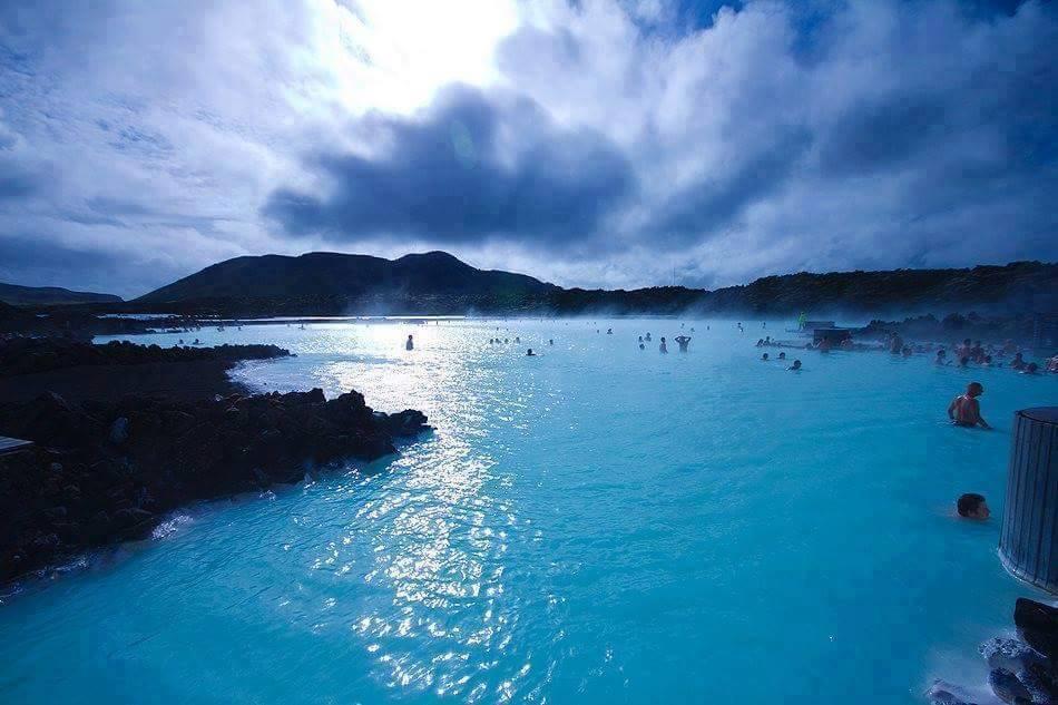 Yaz Kış Suyu Sıcak Olan İzlanda Bluel Lagoon Termal Gölü