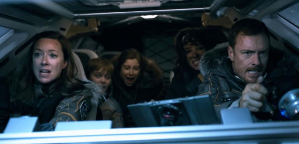 Netflix'in Uzay Dizisi Lost In Space'den Yeni Fragman!