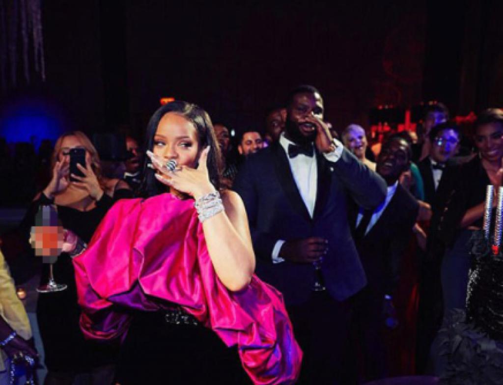 Rihanna'nın Gizemli Doğum Günü