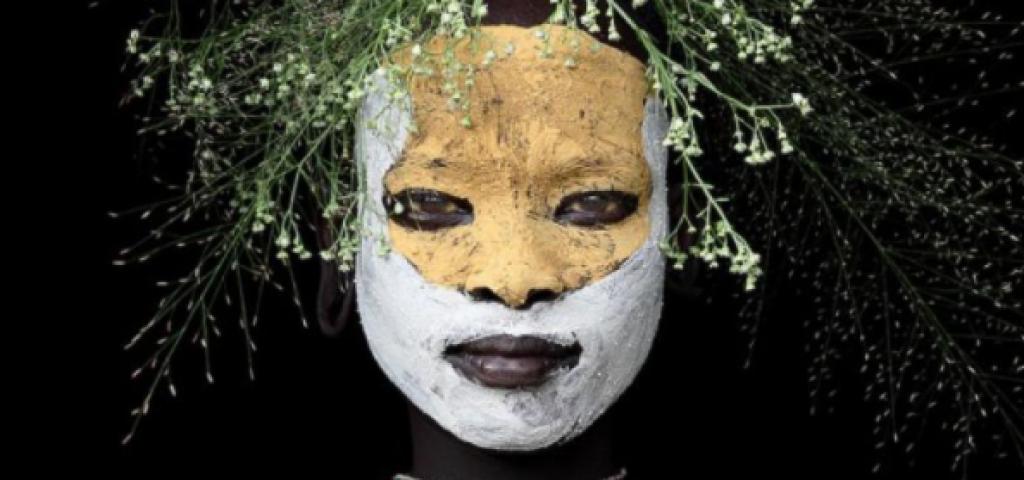 Afrikalı İnsanların Anlam Vermekte Zorlanacağınız İlginç Fotoğrafları
