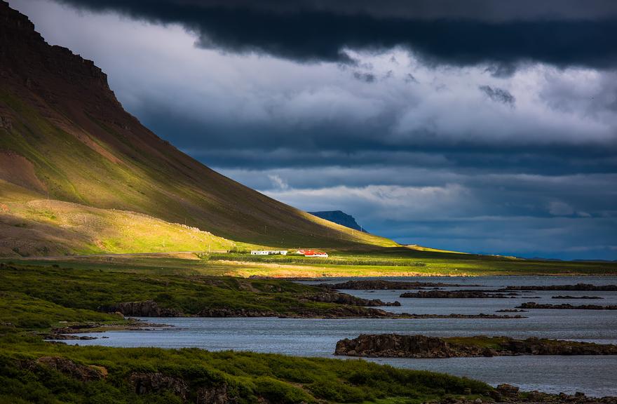 İlla Kendine Aşık Edecek Ülke: İzlanda