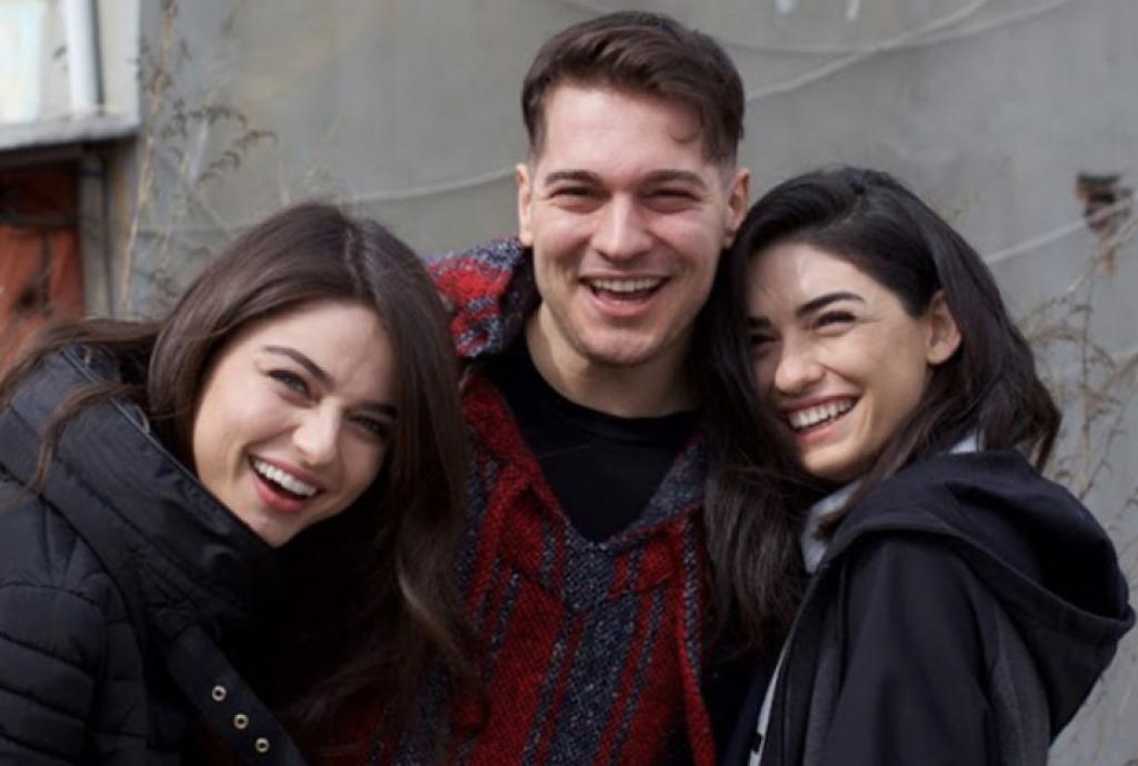 Netflix'in İlk Türk Yapımından Çağatay Ulusoy'lu Set Fotoğrafları!
