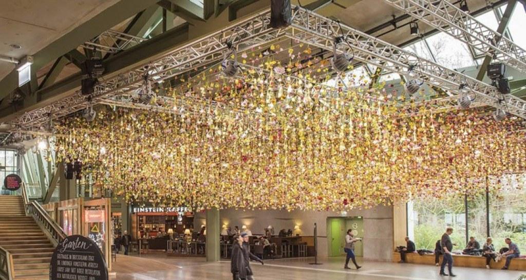 Çiçek Kokan Kamusal Alanlar Yaratan Sanatçının Şimdiki Durağı Berlin