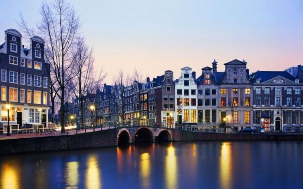 Şehirlerin İçlerinden Geçen Muhteşem Nehirler