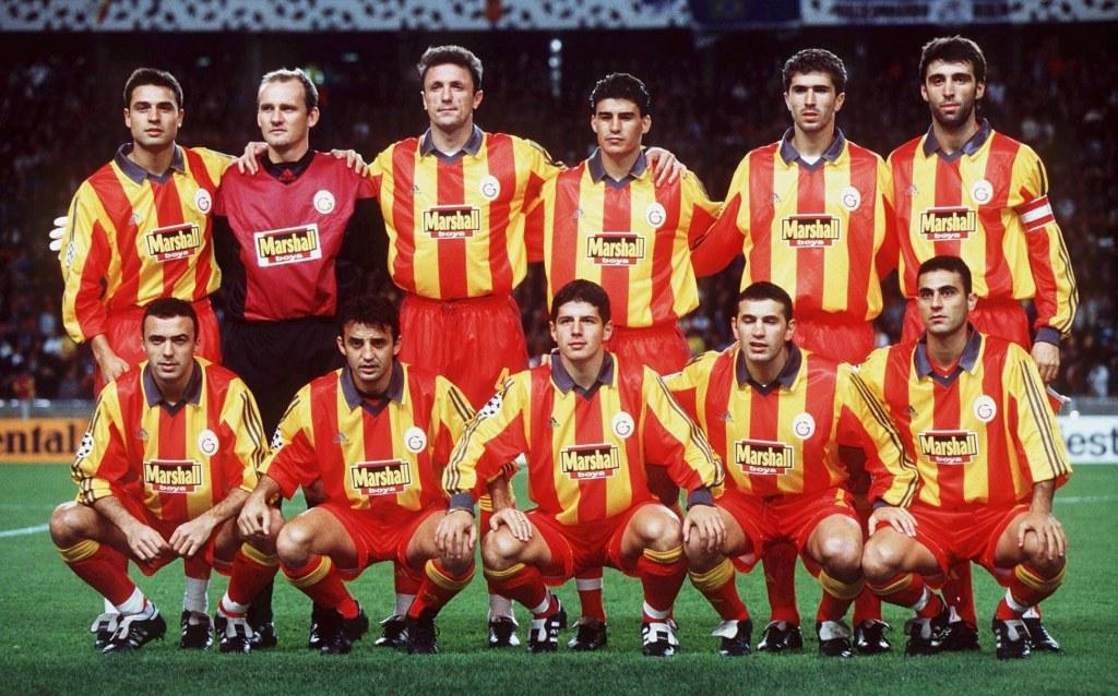 Galatasaray'ın Şanlı Tarihinden Aslan Parçası 12 Unutulmaz Forma