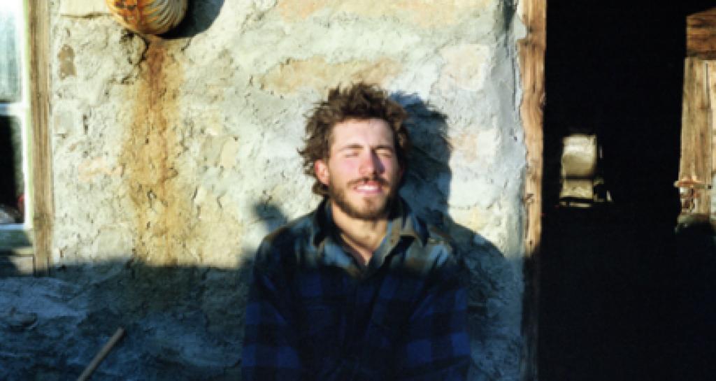 17 Yaşında Paris'i Terk Edip Çoban Olan Gencin Mutluluk Kareleri